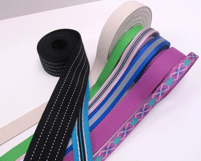 We have all kind of webbing tape.